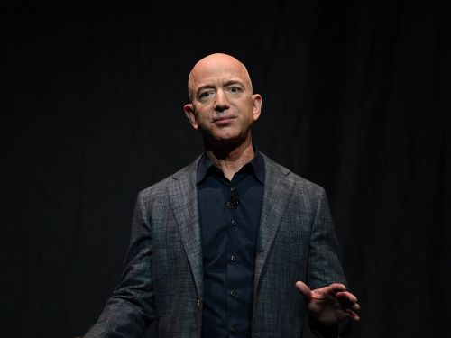 Jeff Bezos tells employees why Amazon donates to politicians with different views: 'You have to be able to work with people who don't agree with you on everything'