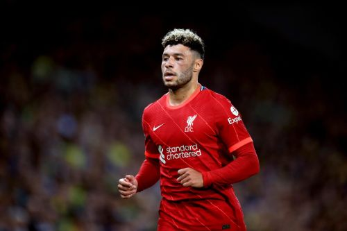 """Liverpool star could be a """"great asset"""" for Arsenal if he seals transfer and changes position, says club legend"""