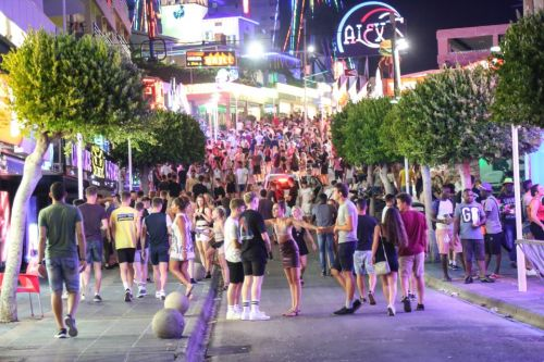 Magaluf and Ibiza BAN pub crawls and 2-4-1 drink offers and curb party boats in war on boozy tourists