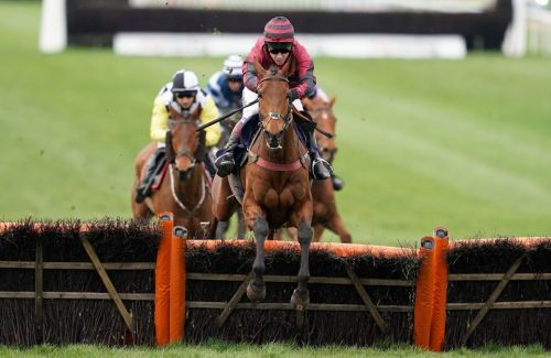 Latest horse racing results: Who won the 1.50 at Kelso live on ITV4 today?