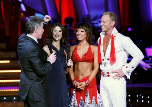 DWTS star Cheryl Burke apologizes to former partner Ian Ziering for past 'nasty' comments about dancing with him