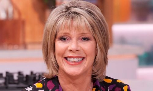 Ruth Langsford shares new glimpse inside gorgeous Surrey garden