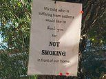 Parent of asthmatic child puts sign up to stop people smoking in front of her house