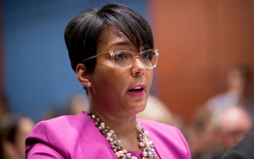Atlanta mayor shows no symptoms but tests positive for Covid-19