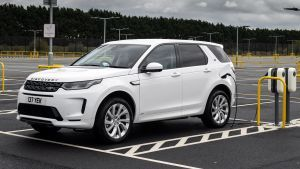 New Land Rover Discovery Sport PHEV 2020 review