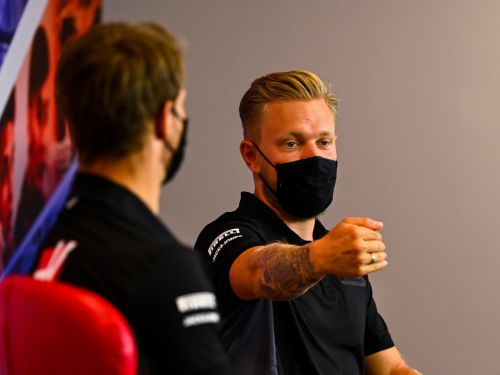 Haas not ruling out two rookies in 2021 line-up