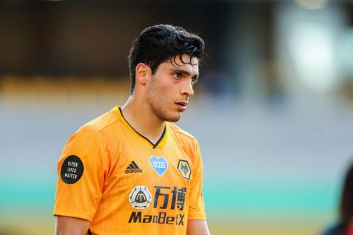 Raul Jimenez urged to join Manchester United over Juventus by Mexico boss Tata Martino