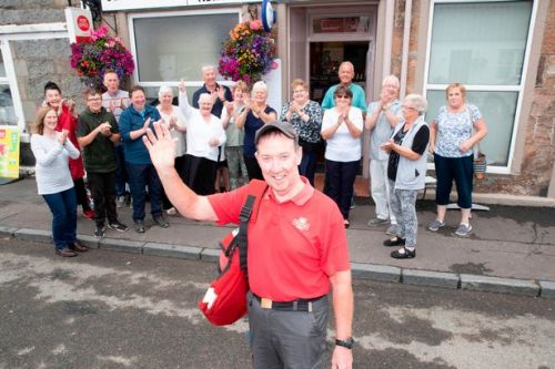 Popular South Ayrshire postman delivers last letter as he retires after 35 years