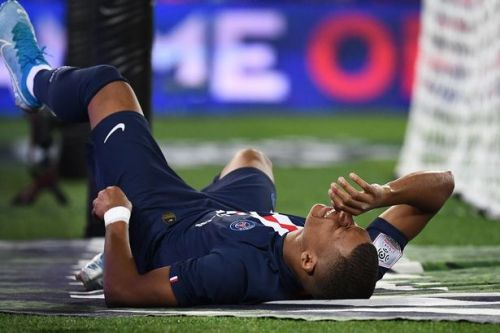 Kylian Mbappe and Edison Cavani both face injury blows- and it could scupper Neymar transfer plans
