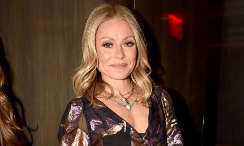 Kelly Ripa shares dreamy vacation photo during time away from Live with famous family
