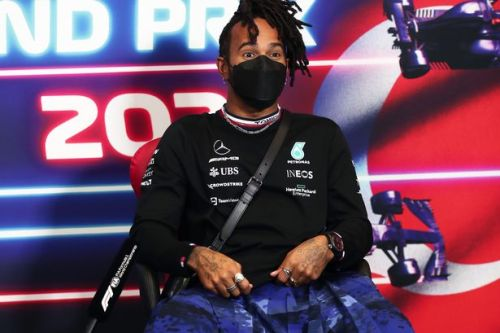 Lewis Hamilton late for US GP press conference after getting locked inside motorhome