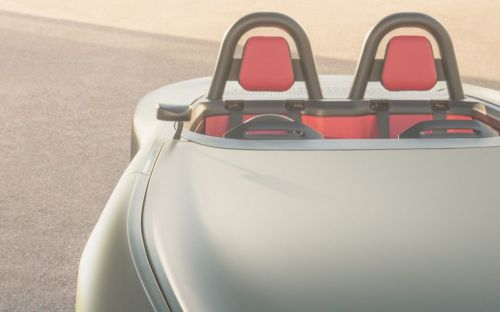 Electric Aura sports car flies the flag for British innovation in EV technology