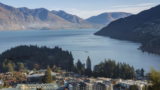 Holiday Inn Express debuts in New Zealand with first hotel in Queenstown