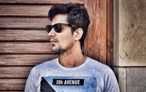 Sumeet Vyas penning first feature film