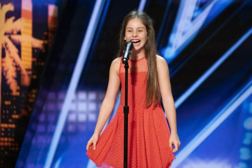 Simon Cowell in awe of 10-year-old opera singer on America's Got Talent