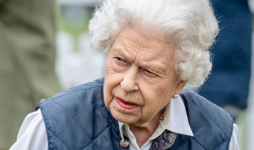 Queen urged to strip Prince Harry of titles following book announcement - 'Write him out'