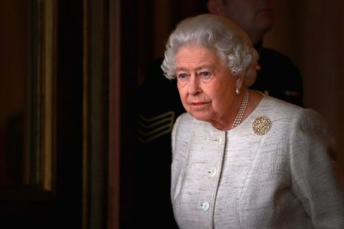 Eight things you are forbidden from doing in the Queen's presence
