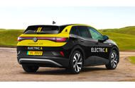 London's largest taxi firm to switch to all-electric fleet by 2023