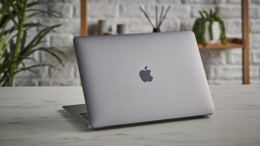 Black Friday is going to be a great time to grab an M1 MacBook Air and MacBook Pro