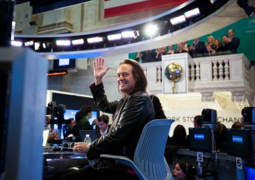 T-Mobile completes Sprint merger, John Legere leaves CEO job a month early