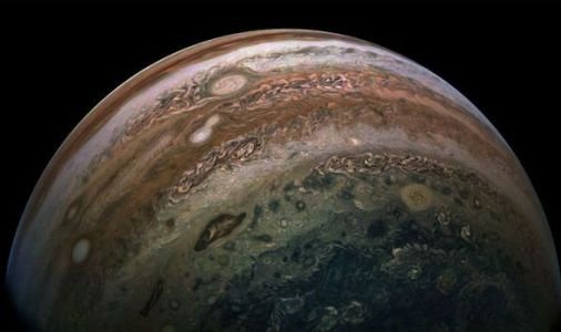 NASA captures stunning image of equator of Jupiter - and it's ENORMOUS
