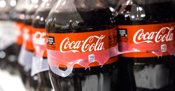 Man dies after downing one-and-a-half litres of Coca Cola in 10 minutes