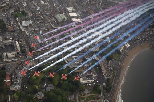 When and where to watch the Red Arrows flypast for VJ Day