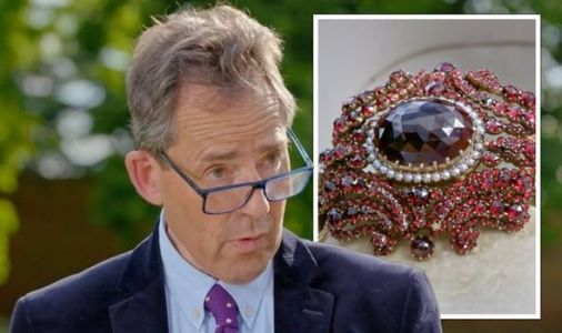 Antiques Roadshow expert delivers staggering valuation of jewels with 'royal connection'