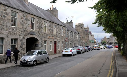Bomb disposal team called to Aberdeenshire town