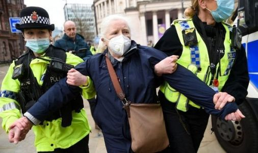 NHS pay rise: Organiser of street protest fined £10,000 for breaching covid rules