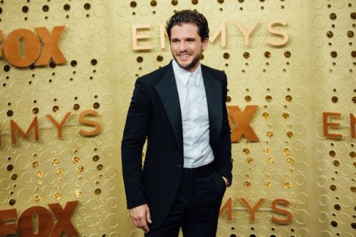 Kit Harington Has Adorable Reaction After Receiving Game Of Thrones' Only Golden Globes Nomination