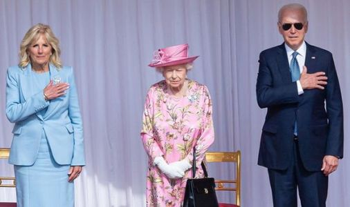 Queen snubbed after JoeBidenordered 'not to bow' for Her Majesty