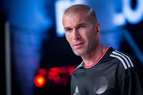 Zinedine Zidane to be given £200m summer kitty if he takes over at Chelsea despite transfer ban