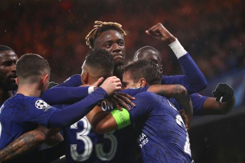 Chelsea qualify for Champions League last-16 with nervy home win over Lille