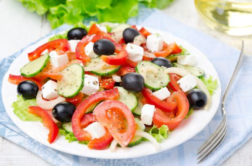 Bring the holiday vibe to your home with these easy summer salad recipes