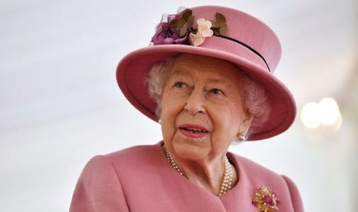 Queen's staff to spend staggering amount of time changing clocks at royal residences