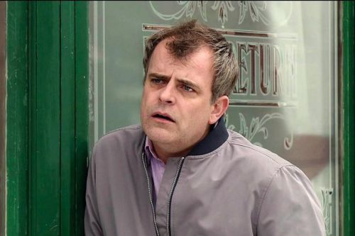 Corrie's Simon Gregson branded as 'thick as Steve' for defending Dom Cummings