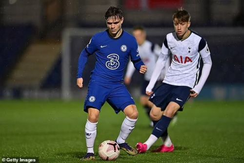 Leeds transfer fee for Lewis Bate revealed as Chelsea youngster closes in on move