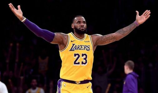 LeBron James: Lakers star told of OBVIOUS choice to replace Luke Walton as head coach