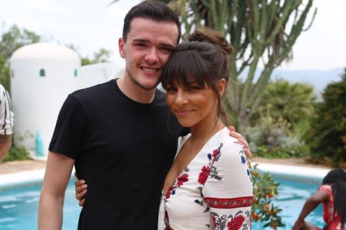What time is Celebrity Coach Trip with Roxanne Pallett on tonight?