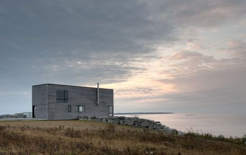 This Minimalist Seaside Retreat Perches Subtly Over A Cliff