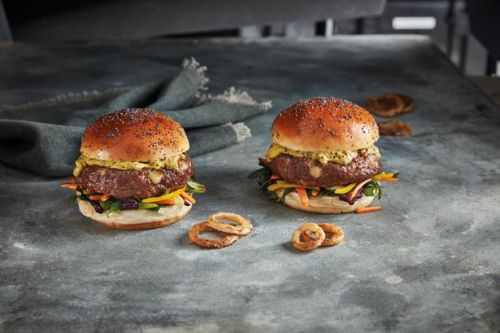 Iceland launch £2 luxury cheek burgers - ready for the return of the heatwave