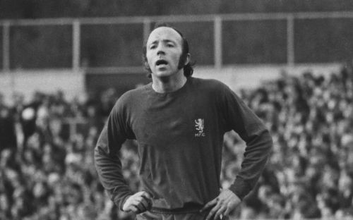 Nobby Stiles, England World Cup-winner, dies aged 78 after long illness