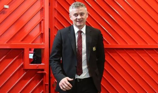 Man Utd vs Burnley LIVE: Team news and line ups confirmed, Solskjaer makes changes