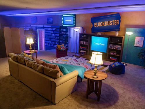 The last remaining Blockbuster on earth will be listed on Airbnb for a limited time in September at just $4 per night. Here's what it looks like inside