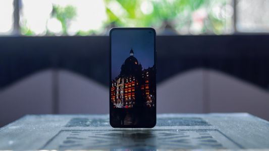 Vivo V17 launched in India with the smallest punch-hole camera