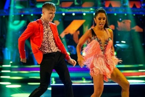 """Strictly judge Motsi Mabuse says only """"tiny little things"""" stopped her giving HRVY's Jive a 10"""