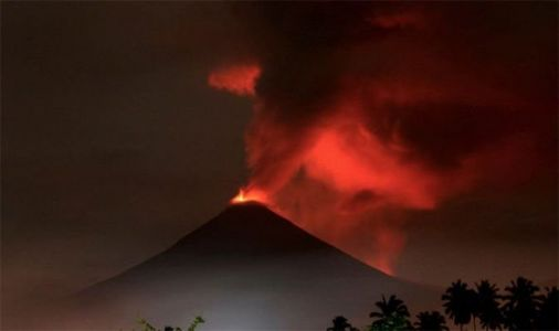 Indonesia volcano on Ring of Fire ERUPTS blasting ash SEVEN kilometres high