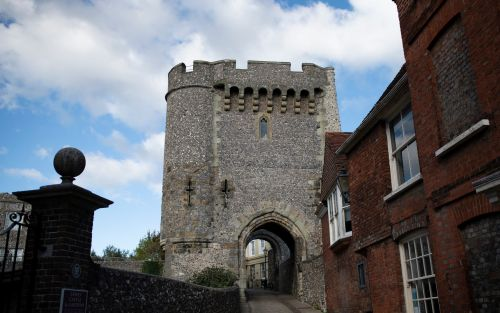 Lewes Castle wall collapses into nearby house