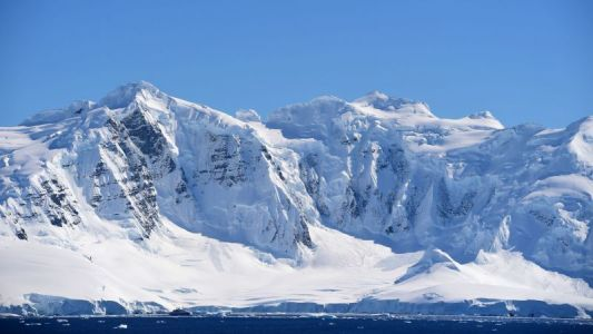 Antarctic Explorers' Brains Shrunk During a 14-Month Polar Expedition
